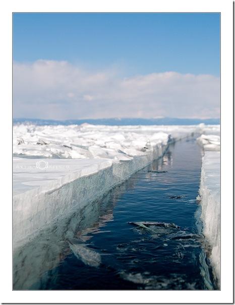 Байкал, лед, трещина