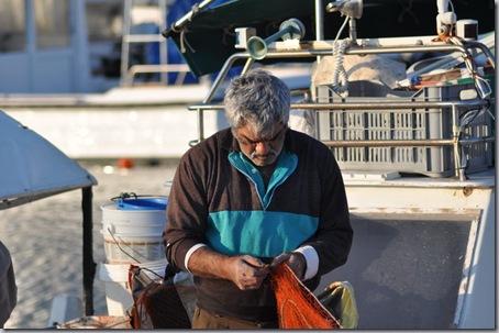 рыбак на кипре